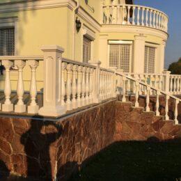 balyasiny balyustrada foto varianty katalog na balkon terrasu katalog ukraina i030