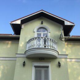 balyasiny balyustrada foto varianty katalog na balkon terrasu katalog ukraina i032