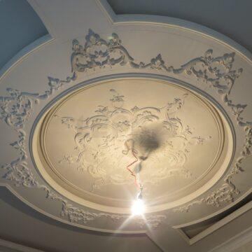 dekor potolka rozeka pod lustru kartina foto pod zakaz rozetki002