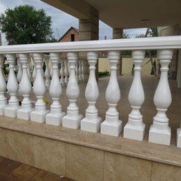 ogragdenie dlya balkonov terass pod zakaz kartinki foto balkonov balyasinu perila006