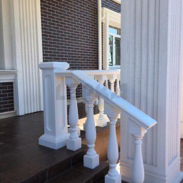 Ballysinu dlya balkonov terras s ustanovkou pod kluz009