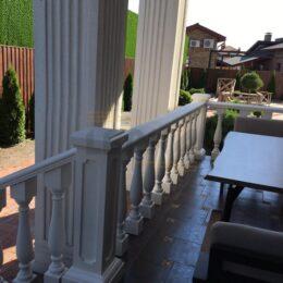 Ballysinu dlya balkonov terras s ustanovkou pod kluz013