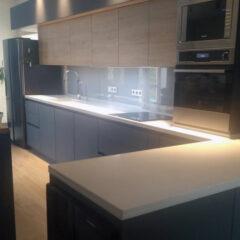 Кухонная столешница кварцит White