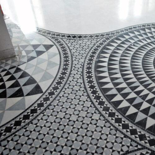 Мозаика панно на полу под заказ