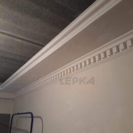Карнизы под натяжной потолок фото